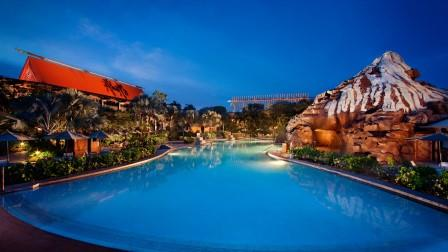 Disney's Polynesian pool & volcano