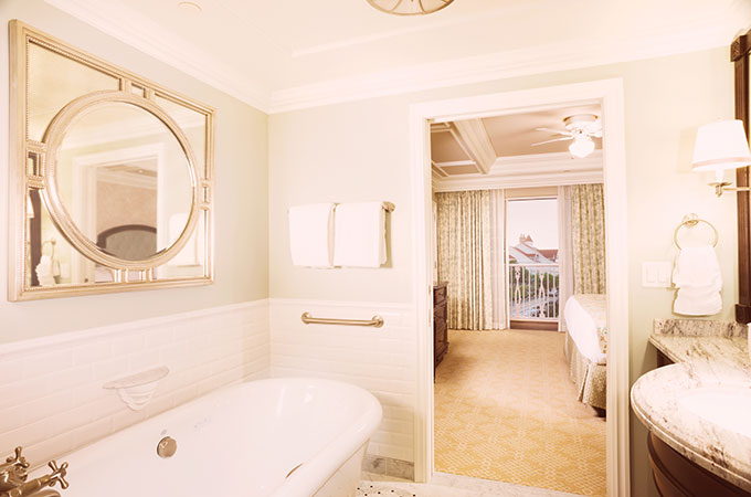 Villas Grand Floridian Master Bathroom